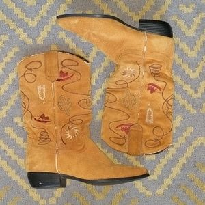 Vintage Chilis Western Embroidered Boots
